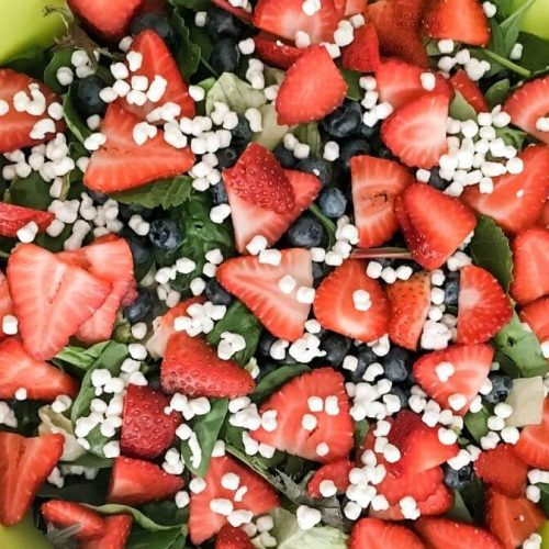 recipe for berry salad- complete salad in serving bowl